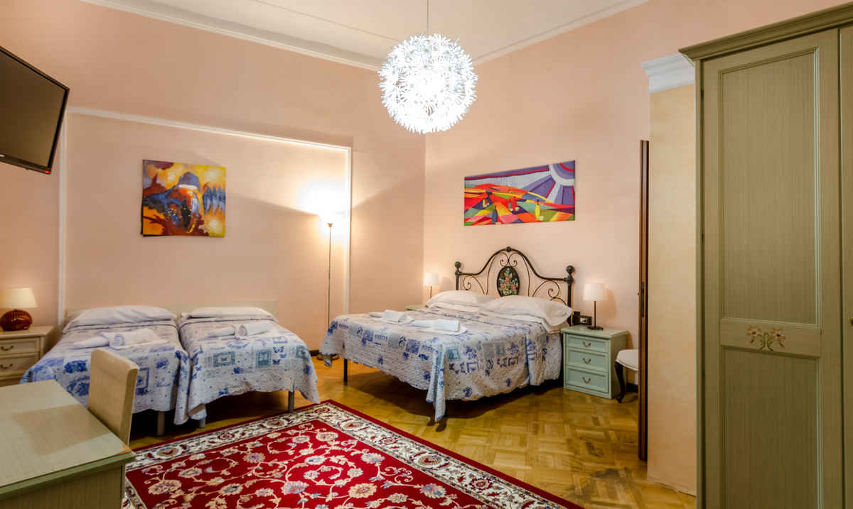 Cheap and Quiet Rooms in the Center of Florence: Rooms for Couples ...